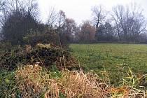 Pozemky v Jistebníku, které úřad převedl Agentuře ochrany krajiny.
