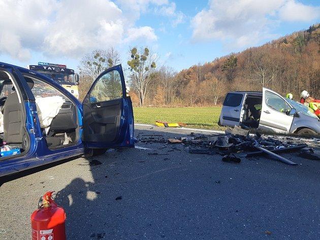 Zásah utragické dopravní nehody uLichnova na Novojičínsku vsobotu 21.listopadu 2020.