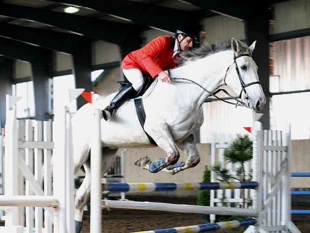Domácí oddíl bude reprezentovat Jan Kopiš st. na koni Billy.