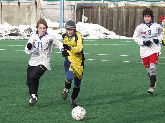 O tomto víkendu odstartoval v Novém Jičíně druhý ročník Zimního turnaje mládeže v kopané.