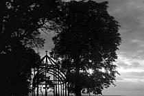 Vítězná fotografie v letošním ročníku soutěže Objektiv se jmenuje Rozjímání u svaté Anny. Jejím autorem je žák SŠ Odry Martin Kožaný.