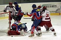Hokejisté Nového Jičína doma podlehli také prostějovským Jestřábům.
