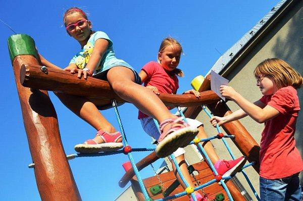 Mateřské školy a základní školy vSedlnicích jsou nové herní prvky.