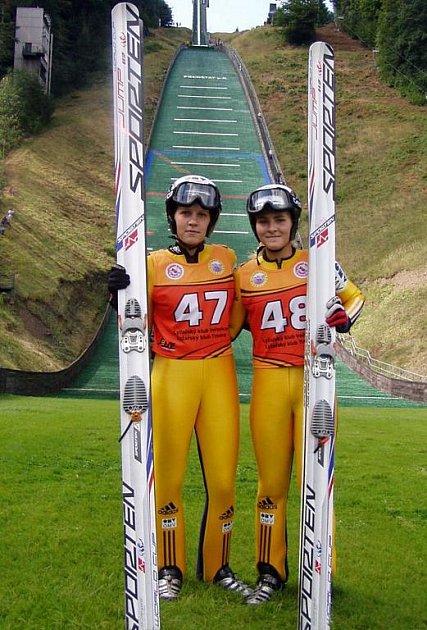 Zprava dvojnásobná vítězka frenštátských RKZ Michaela Doleželová s Vladěnou Pustkovou.