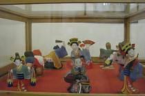 Návštěvníci Muzea Fojtství měli v pátek 12. června poprvé možnost shlédnout výstavu japonských panenek a loutek.