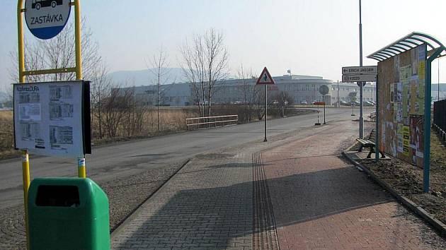 V průmyslovém parku bude zastavovat více autobusů.