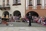 Pětadvacet let existence slavila ve středu 14. června na Masarykově náměstí v Novém Jičíně Městská police Nový Jičín.