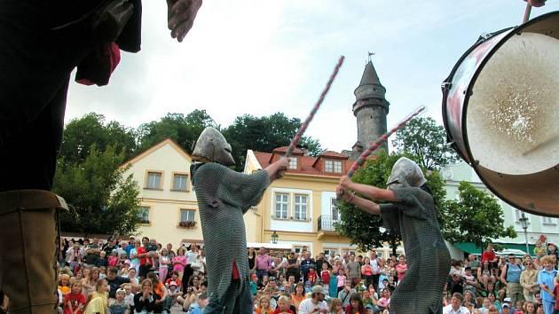 Nejen ty, ale také muzikanty či žoldnéře bude možno spatřit o svátcích ve Štramberku.