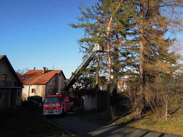Zásahy hasičů ve Frenštátě pod Radhoštěm.