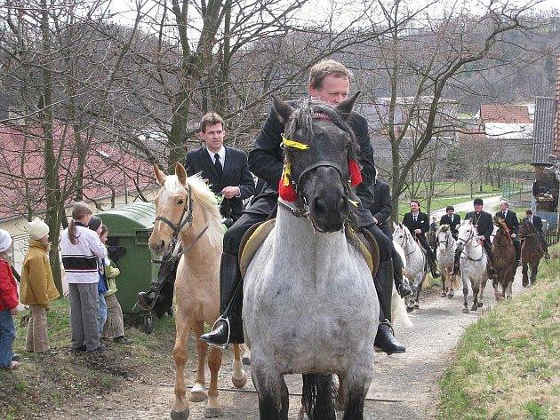 Tamější Tradice sahá do dob bitvy u Bílé hory a zatím to vypadá, že jen tak nezanikne. Fotografie z roku 2010. Ilustrační foto.
