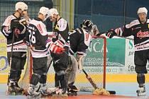 Novojičínští in-line hokejisté skončili na finálovém turnaji 1. ligy třetí, bod za vítězným IHC Roller Storm Praha.