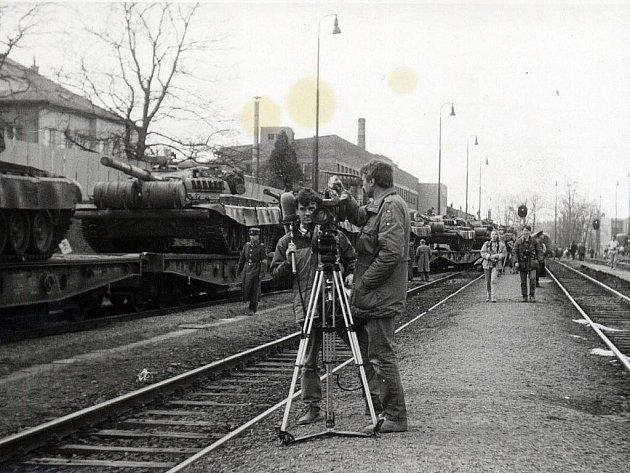 V pondělí 26. února 1990 se vlakové nádraží ve Frenštátě pod Radhoštěm stalo středem pozornosti mnoha televizních i redakčních štábů.