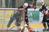 In-line hokejisté Nového Jičína mají za sebou premiérové domácí duely v letošním extraligovém ročníku.