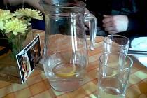 Vodu z vodovodu je možno v dnešní době dostat zdarma nebo za takzvanou férovou cenu ve více než dvaceti restauracích na Novojičínsku.