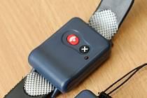 I takto například vypadají náramky, kterými se dá přivolat pomoc zmáčknutím jednoho tlačítka.