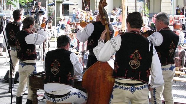 Setkání cimbálových muzik Valašského království.