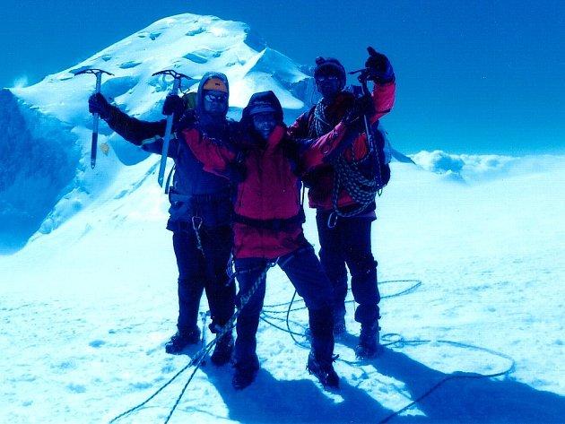 Hory a extrémní horolezectví byly jedním z častých námětů outdoorových filmů. Ilustrační foto.
