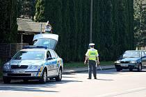 Policisté zkontrolovali na tři stovky řidičů, mezi nimiž byli i podnapilí. Ilustrační foto.