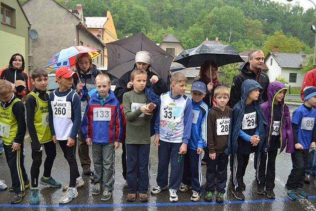 Kopřivnický klub pořádá tradiční Běh dětí Národním sadem ve Štramberku.