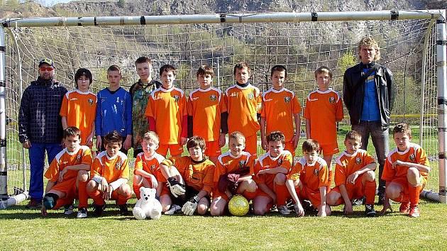 Fotbalový výběr OFS Nový Jičín hráčů U–12 vybojoval v Jakubčovicích nad Odrou, na krajském finále Danone Cupu (výběry OFS a MěFS v rámci MS KFS), postup do moravského finále.