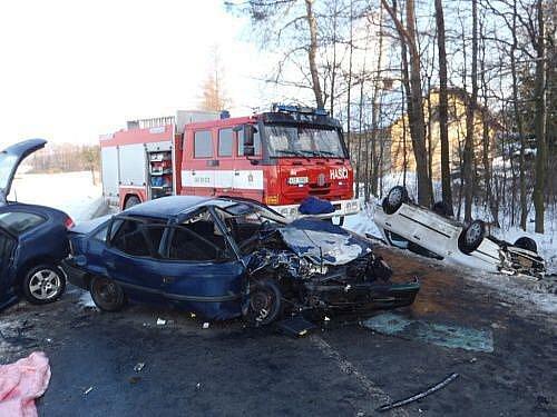 Čtvrteční dopravní nehoda mezi Bordovicemi a Frenštátem pod Radhoštěm.