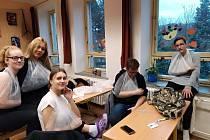 Školení první pomoci pro žáky devátých tříd se konalo po několik týdnů ve Střední zdravotnické škole v Odrách.