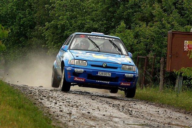 Ve druhém podniku Mistrovství České republiky v sprintrally – Rally Vysočina Telč, dosáhla velkého úspěchu posádka Lumír Galia – Ota Hloušek ze Závišic.