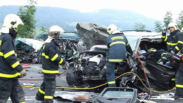 Tragedie u Starého Jičína koncem června si vyžádlala čtyři mrtvé, další tři lidé zemřeli při červencových nehodách.