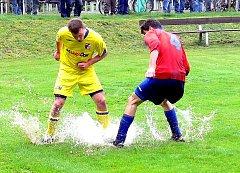 Když FC Vlčovice-Mniší postoupil do I. A třídy, hrál derby s FC Libhošť (na snímku). S AFC Veřovice se Vlčovice utkaly v loňské sezoně, po které ale přišel pád do I. B třídy.