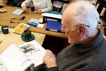 Josef  Malcher je od roku 1996 také spálovským kronikářem.