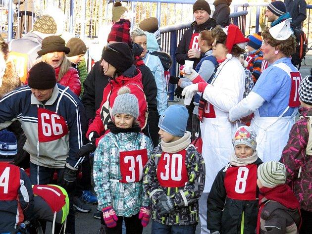 Silvestrovský běh hodslavskými uličkami se letos běžel již pošestnácté.