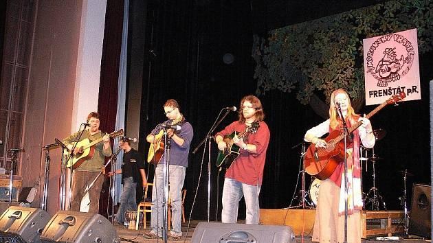 Již počtrnácté se v sobotu odpoledne ve Frenštátě pod Radhoštěm uskutečnila soutěž folkových, countryových a bluegrassových kapel nazvaná Moravský vrabec.