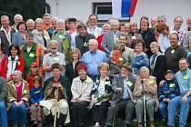 Návštěva až z dalekého Nového Zélandu přijela na páté setkání rozvětvené rodiny Strnadlů. To se konalo o uplynulém víkendu v Trojanovicích a účastníci si připomněli sté výročí narození malíře Antonína Strnadla.