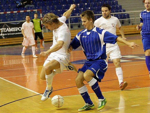 Pátý turnaj Frensport okresního přeboru futsalu Novojičínska a Frýdecko-Místecka, který se uskutečnil v Kopřivnici, výrazné změny v tabulce soutěže nepřinesl.