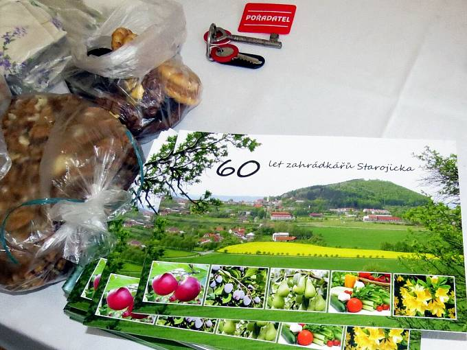 Tradiční podzimní výstavu uspořádal Spolek zahrádkářů Starojicka společně s místní organizací Českého svazu včelařů ve Starém Jičíně a s místními mateřskými školami.