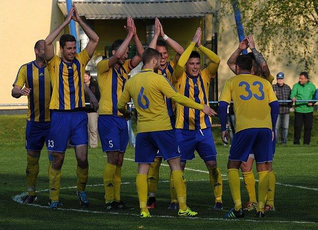 FK Bospor Bohumín – SK Beskyd Frenštát p. R. 4:0 (1:0).