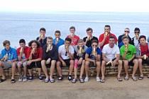 Novojičínští mladší dorostenci se nechali na turnaji v Chorvatsku zvěčnit s banány, aby se tak připojili k celosvětové kampani proti rasismu.