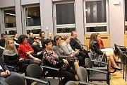 Vzpomínkové setkání k 28. výročí listopadových ve Frenštátě pod Radhoštěm.