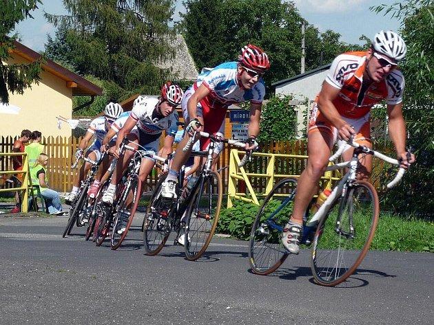 Slezský pohár amatérských cyklistů 2009. Ilustrační foto.