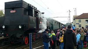 Ve Štramberku a Studénce si v sobotu 16. října 2021 lidé připomněli 140. výročí tratě Štramberk - Studénka.