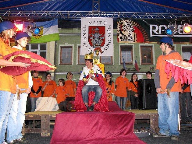 Valašský král Vladimír II se stal hlavou Valašského království loni v srpnu. Sé královské křeslo má jisté pouze na rok.