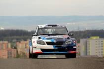 Vítězná posádka z loňské Valašky, Jan Černý/Petr Černohorský - Škoda Fabia S2000, na kopřivnickém polygonu.