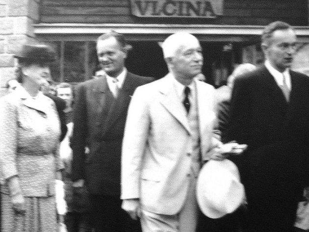 """V neděli 17. července to bylo přesně sedmdesát let, kdy na Novojičínsko zavítal """"prezident Budovatel"""" Edvard Beneš s chotí."""