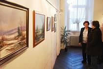 Výstava příborských malířů v Piaristickém klášteře potrvá až do 18. května.