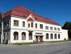 Katolický dům v Kopřivnici.
