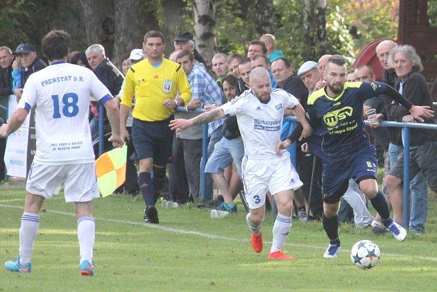 Svěřenci Milana Náměstka neuspěli u lídra krajského přeboru a už ve středu je čeká domácí dohrávka proti Českému Těšínu.