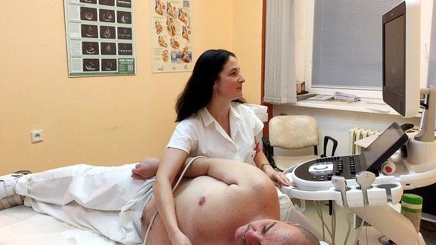Celotělový sonograf je v Bílovecké nemocnici hojně využívaným přístrojem.