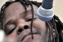 S melodickým reggae se v novojičínském klubu Galerka představí jihoafrický muzikant Prince Alfredo spolu se svou kapelou Warriors.