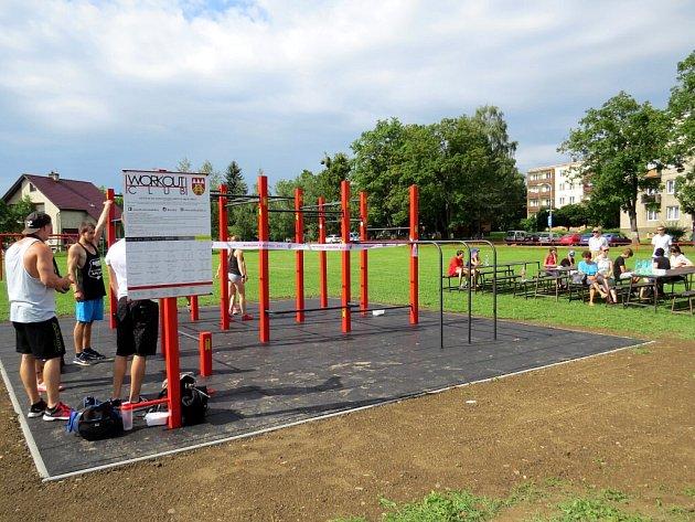 Sobotní slavnostní otevření nového workoutového hřiště v Příboře.