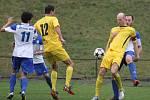 Divizní fotbalisté Nového Jičína nastoupili k prvnímu jarnímu domácímu utkání. Proti Určicím nakonec Pejšově souboru stačila ke třem bodům jediná branka, kterou obstaral v závěru první půle, po nedorozumění v hostující obraně, Smolarčík.